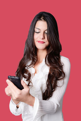 20 Ways to Text a Girl that Make Her Super Attracted   Girls