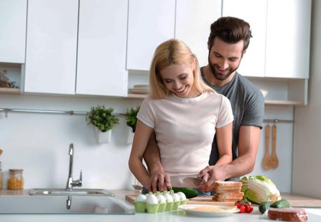 Home Date Idea to Get Girlfriends